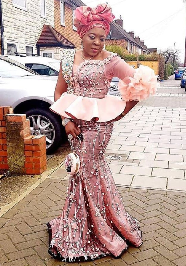 Captivating Lace and Ankara Style For Outstanding Looks