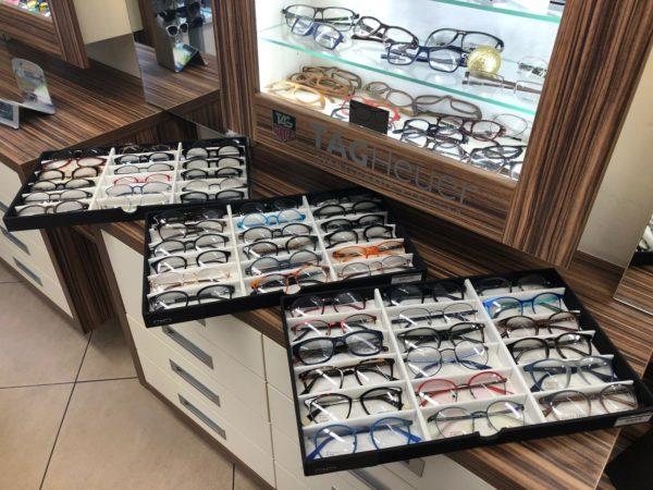 výběr brýlí - MK Optik