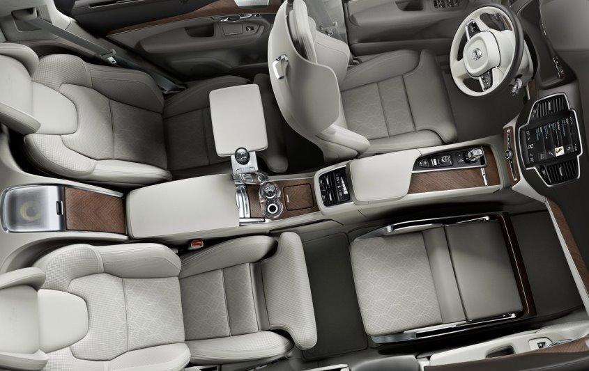 Volvo Lounge Console: la massima comodità in auto
