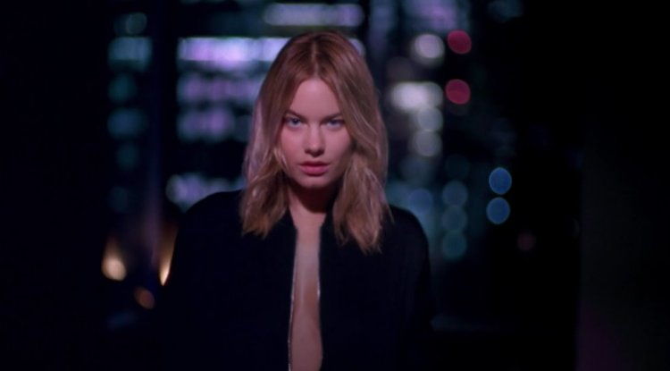 Camille Rowe dior