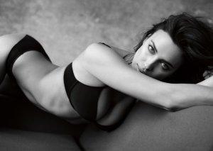 Irina Shayk Intimissimi