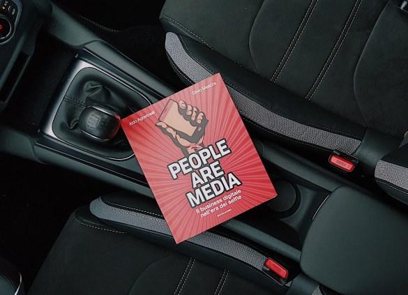 People Are Media libro