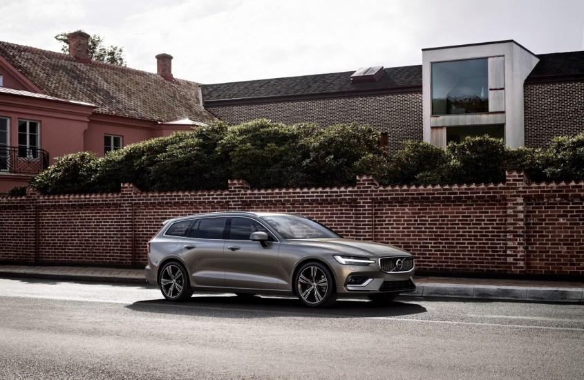 Volvo V60: originalità ed eleganza sportiva