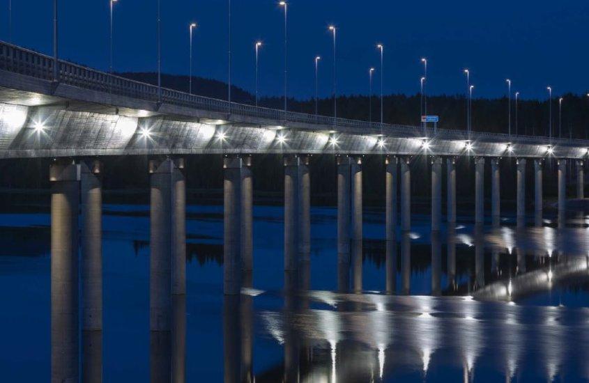 AEC Illuminazione: scopriamo i segreti dell'illuminazione industriale