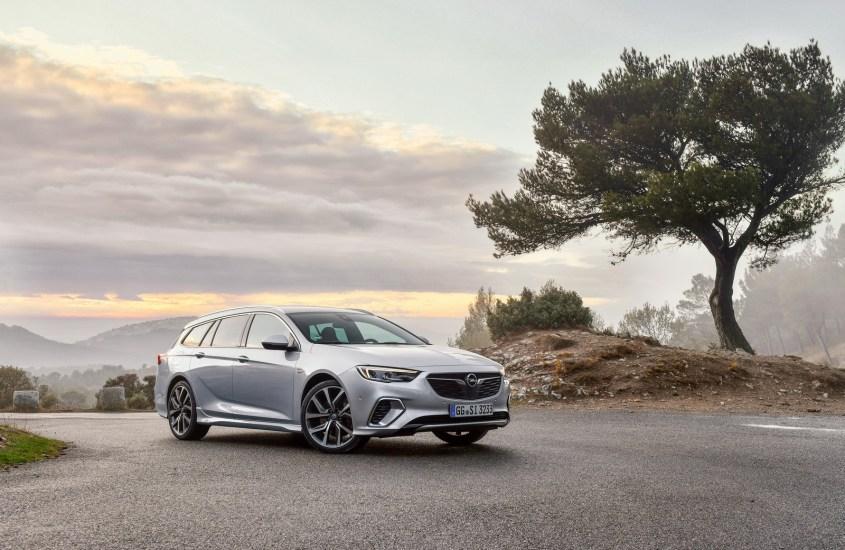Opel Insignia Sports Tourer: sicuri con la tecnologia
