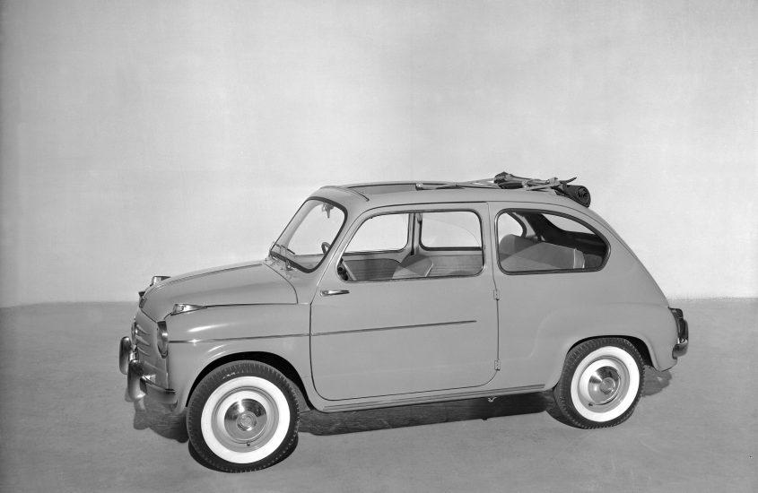 Fiat 600: 65 anni per l'auto del boom economico