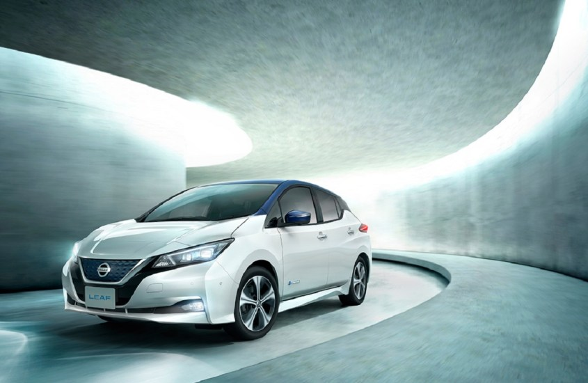 10 anni di Nissan LEAF