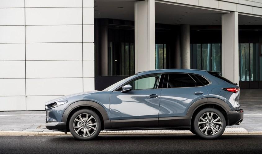 Mazda-CX-30-Polymetal-Grey,-Static-04