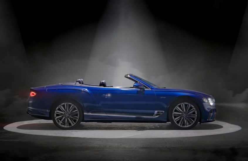 "Bentley Continental GT Speed Convertible, lusso e potenza ""en plein air"""
