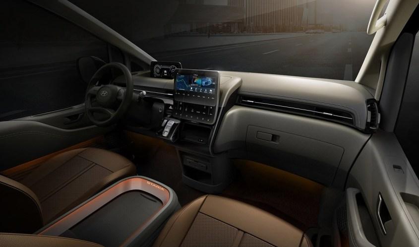 Hyundai-Staria-infotainment