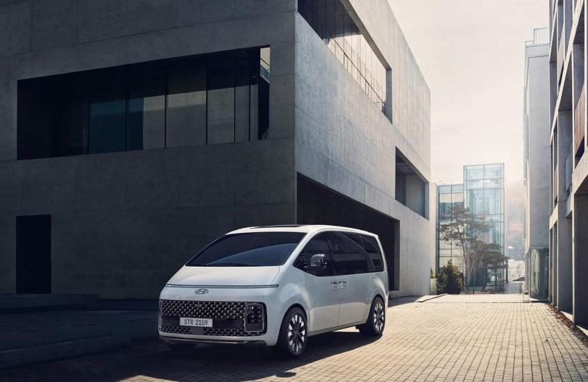 Hyundai Staria: il multiuso orientato al futuro per chi cerca spazio e comfort