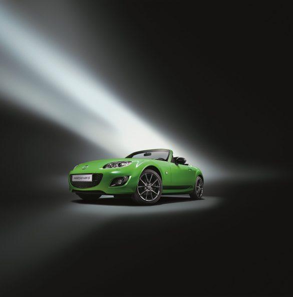 Mazda-MX-5-Karai-Special-Edition,-2011