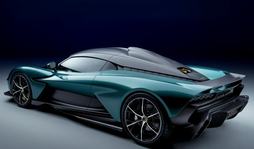 Aston_Martin-Valhalla-profilo-posteriore