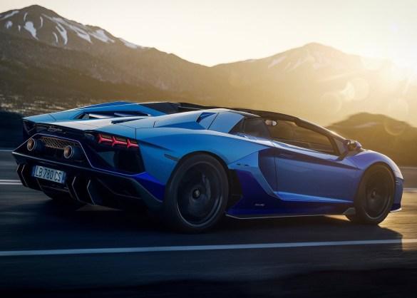 Lamborghini-Aventador_LP780-4_Ultimae_Roadster-2022