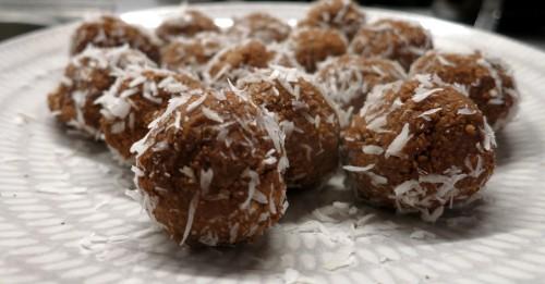 Recept proteinrika chokladbollar mellanmål