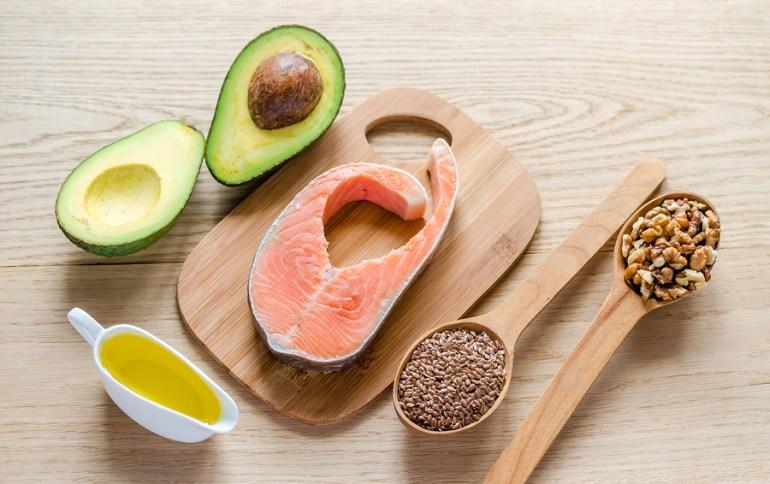 Mat med högt innehåll av omättade fettsyror.