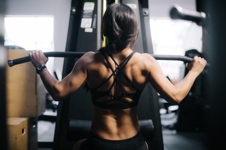 Latsdrag styrketräning