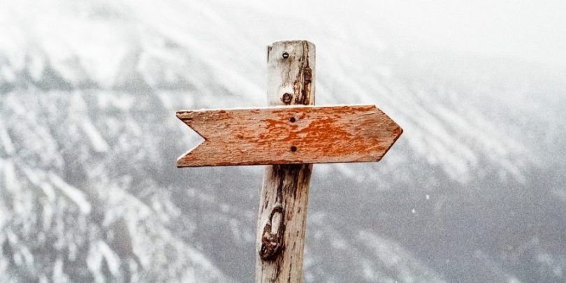 Flecha indicando um sentido, um propósito.