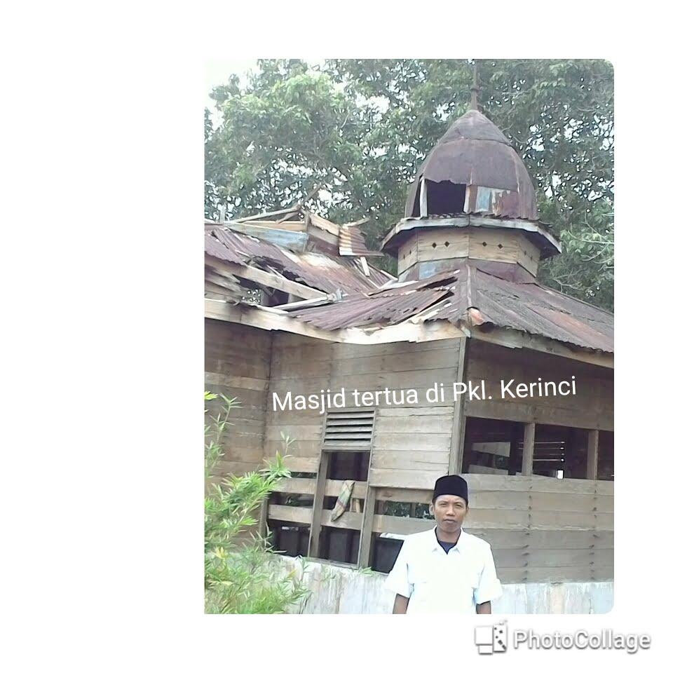 Masjid Tertua di Ibukota Pelalawan yang Tak Tersentuh Untuk Wisata Religi
