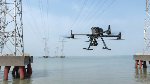 DJI Defines a New Customary for Industrial Instruments by Unveiling the Most Superior Business Drone Platform and its First Hybrid Digicam Sequence - sUAS Information 1