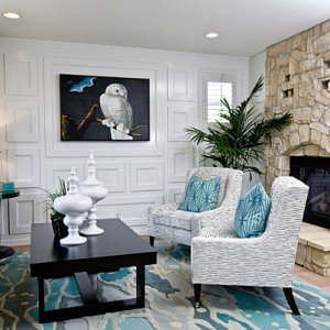 stylish-living-room-featuring-shades-of-blue