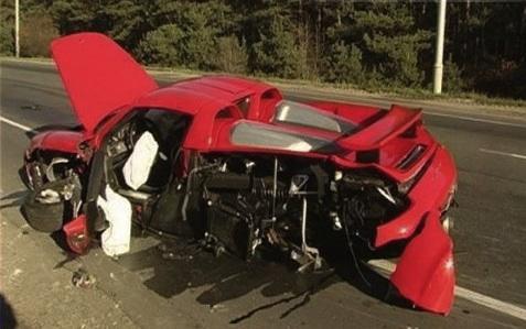 Porsche Carrera GT Wreck