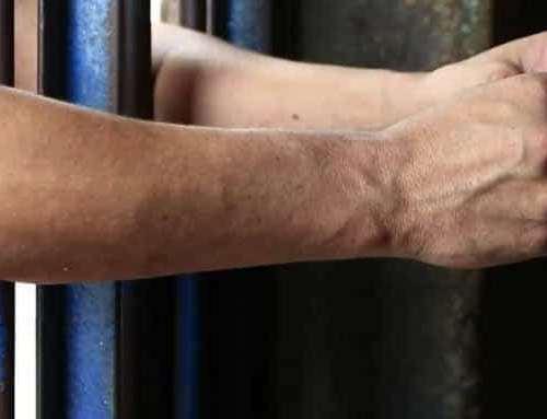 A la cárcel presunto responsable de atentar contra una mujer porque le debía dinero