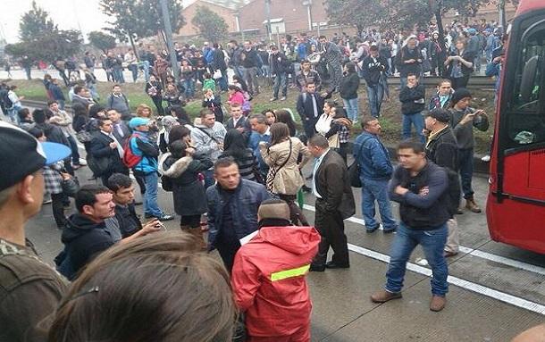 Ambientalistas bloquean TransMilenio en Suba