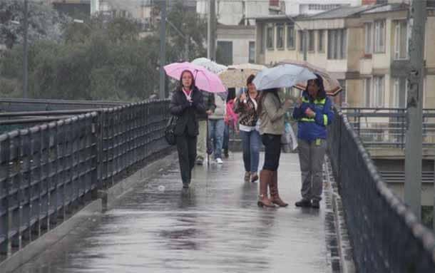 Idiger firmó convenios con Acueducto y Aguas de Bogotá para limpiar canales