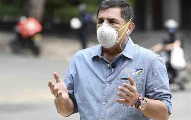 Decretan toque de queda continuo en Cali para frenar contagios de coronavirus