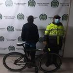 Fracasó un delincuente en un intento de robo de una bicicleta en el barrio Compartir Suba