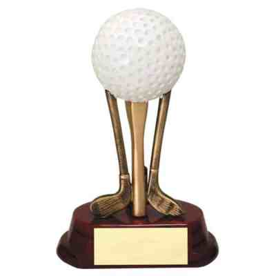 golf-ball-clubs