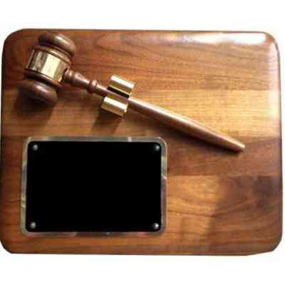 radius edge gavel plaque
