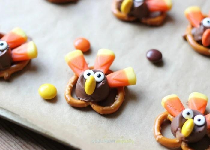 Candy Pretzel Turkey Bites on a tray.
