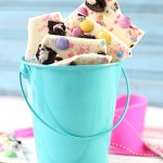 Easter Oreo Bark That's Super Easy!