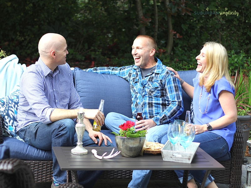 You can totally do a Backyard Patio Makeover in One Afternoon! Update and refresh for a new outdoor living space.