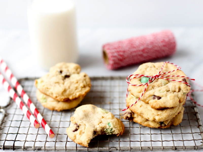 Mint Chocolate Chip Cookies on a baking rack.