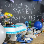 No matter what kind of grad celebration you're hosting, these Graduation Party Dessert Ideas and Recipes will have guests coming back for more!