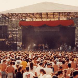 Episode 502: Fan Mail – Escape to Lollapalooza