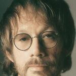 Thumbnail for Episode 928: Warren Zevon – 'The Wind' and the Aftermath