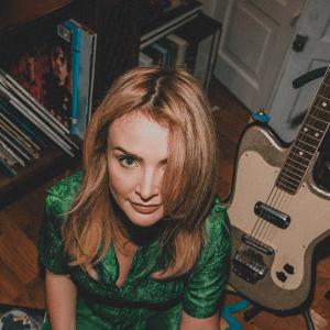 Episode 940: August New Music – Roachford, Biffy Clyro, Luna, Emma Swift, Nation of Language, Wiirmz