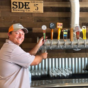 Episode 1184: Talkin' Beer at Settle Down Easy Brewing