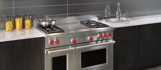 Wolf 48 Dual Fuel Range 4 Burners And