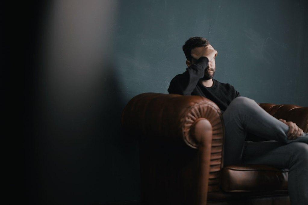 14 Tips for Entrepreneurs to Let Go of Stress