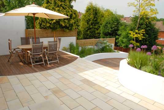 Wow factor garden ideas for Simple modern garden