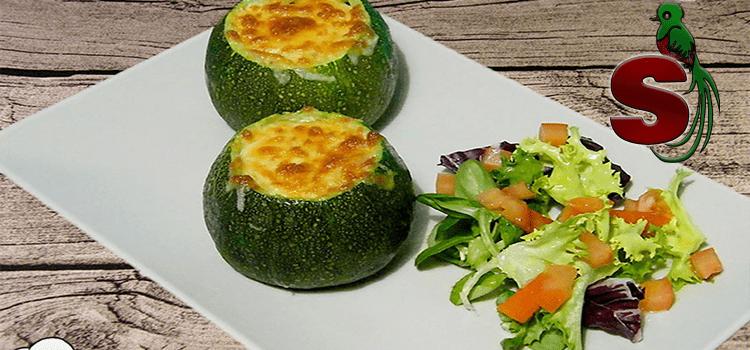 Güicoyitos rellenos de carne y queso, una especialidad de la gastronomia guatemalteca