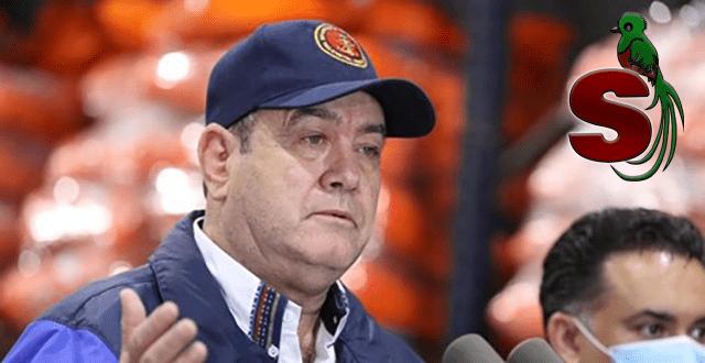 Presidente de Guatemala 2020-2024 Alejandro Giammattei Falla, Corrupto, colerico y mentiroso con una gorra azul