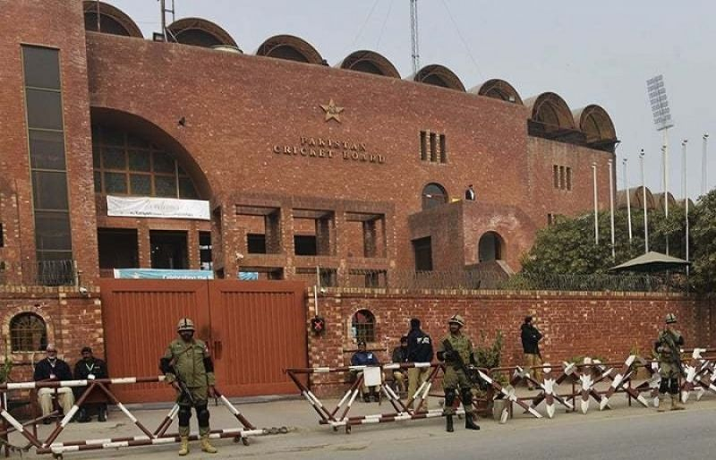 Photo of PCB sends checks to match officials, cricketers suffering through financial crisis – SUCH TV