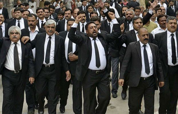Lawyers announce strike on June 14 over references against judges
