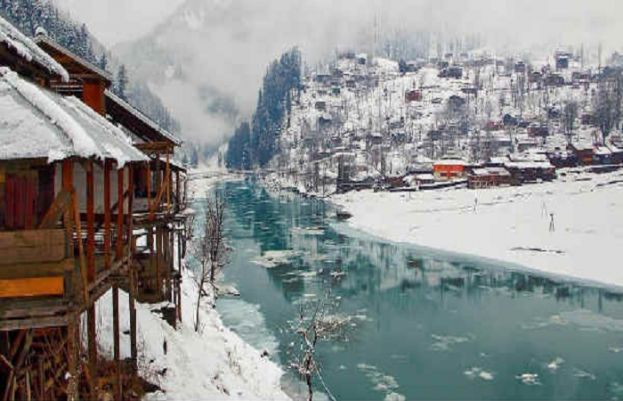 Chief meteorologist of the Pakistan Meteorological Department says that unusually long winter facing Pakistan this year